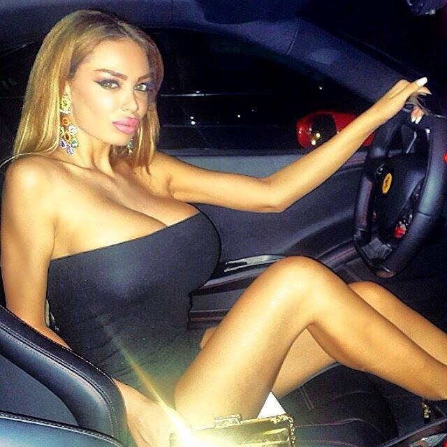 big tits amateur blonde babe in the car ready for hardcore party slamming