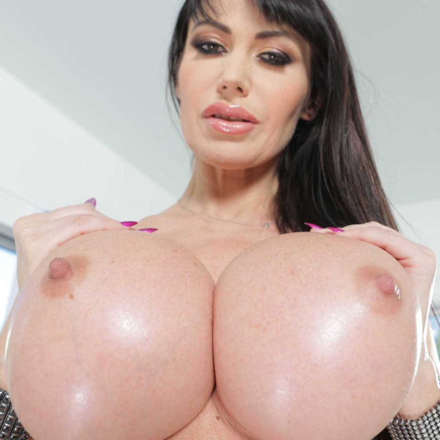 big tity milf huge fake boobs naked for cum blast