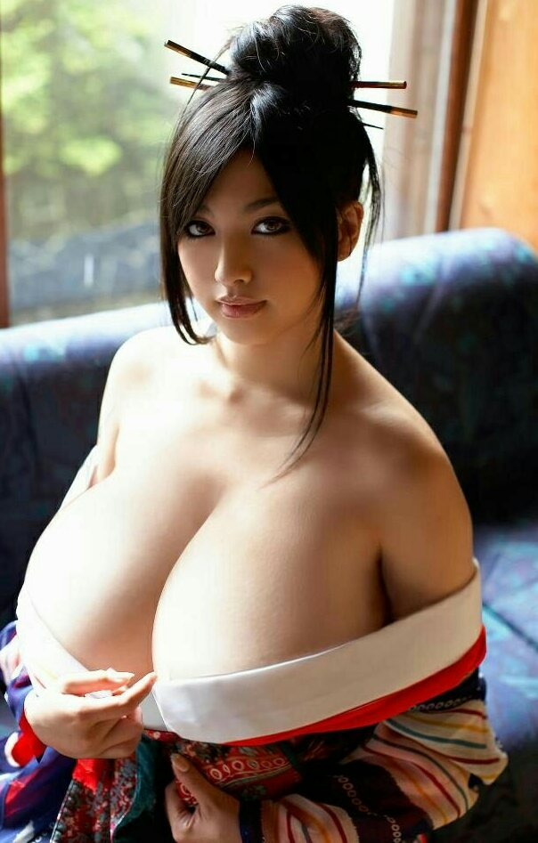 Japanese chick with big boobs, young nude girld