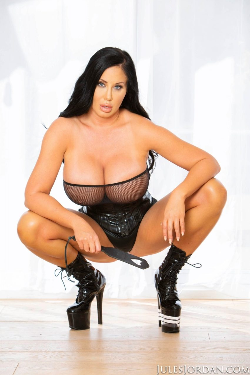 Big Boobed Porn Star Sybil Stallone In Leather Outfit-9717