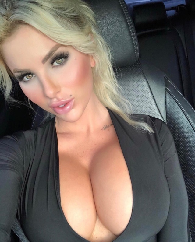 amateur big breasted blonde