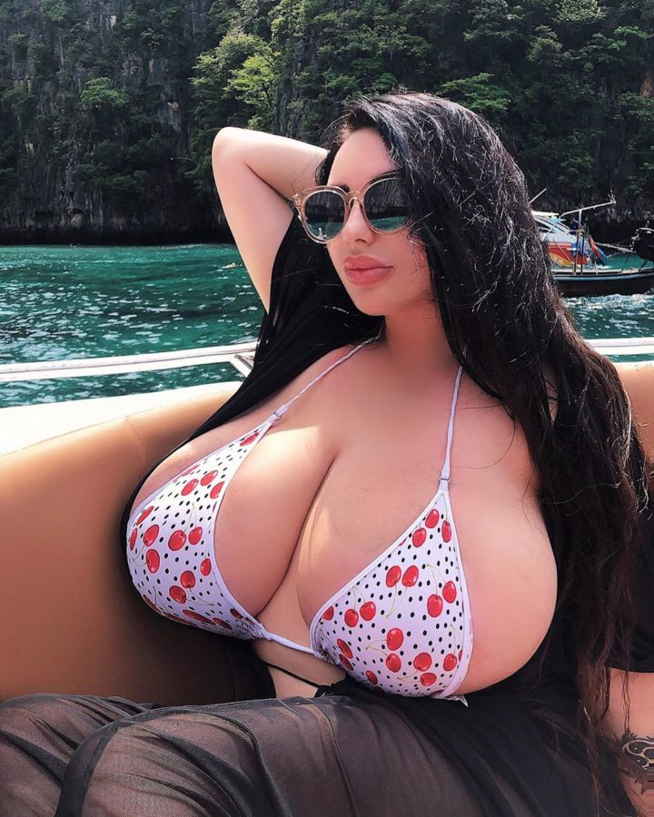 Anastasiya huge natural tits in bikini
