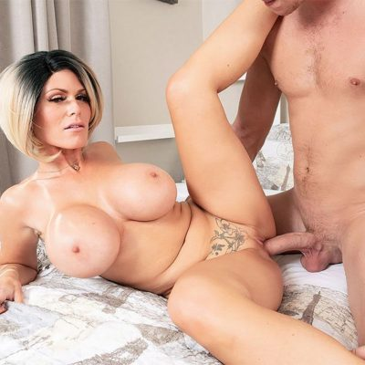 Sienna west cumshot